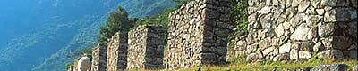 Machu Picchu: Cementerio Superior y Roca Ritual