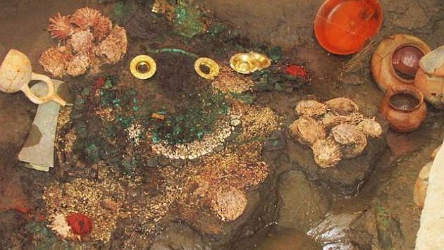 Hallan tumba en aguas subterraneas, bajo restos de Sacerdotisa Chornancap, Lambayeque, Peru