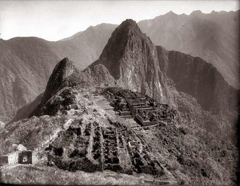 Martin-Chambi-Ciudadela-de-Machu-Picchu