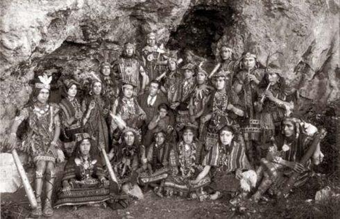 Martin-Chambi-Grupo-de-Teatro-Cuzco