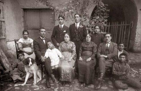 Martin-Chambi-Retrato-de-Familia-Cuzco