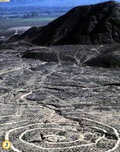 geoglifo-el-ovillo-o-el-espiral-nasca