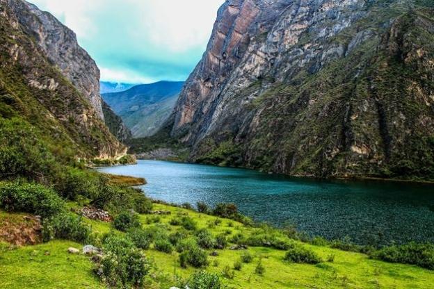 Yauyos y sus bellos senderos lacustres