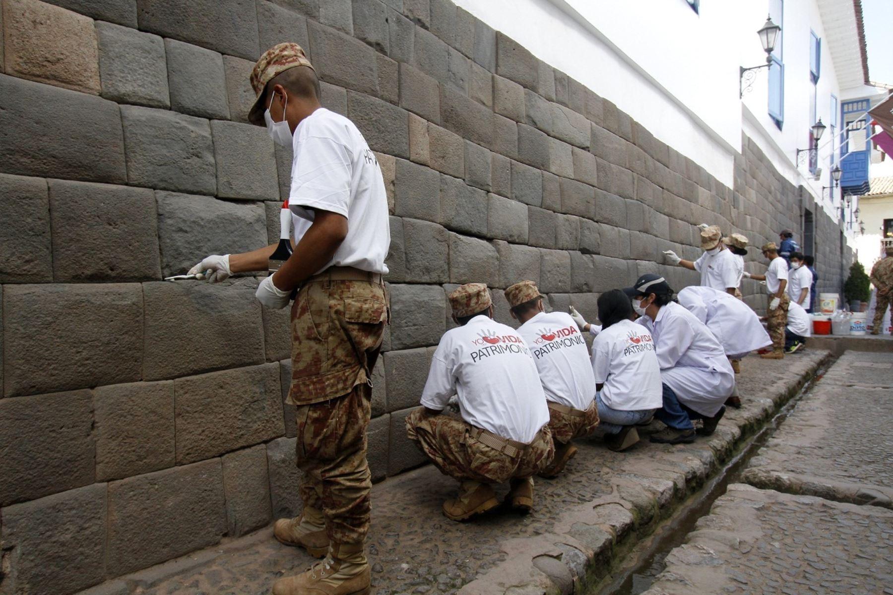 Limpiarán muros Inca cercanos a locales nocturnos en Cusco